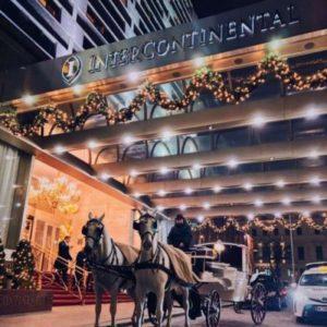 vor dem Hotel Intercontinental in Wien